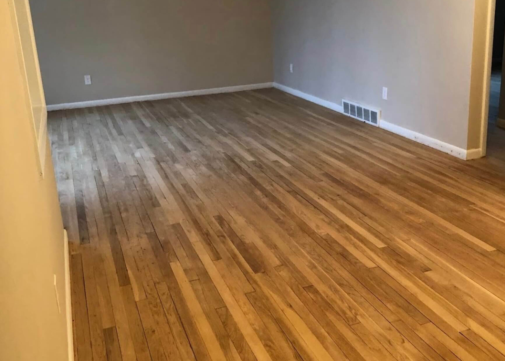 milwaukee hardwood floor refinishing